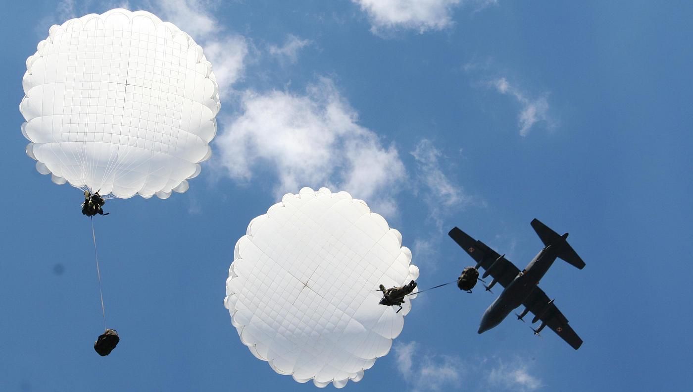 Zestaw spadochronowy DEDAL (AD-95 + AZ95)